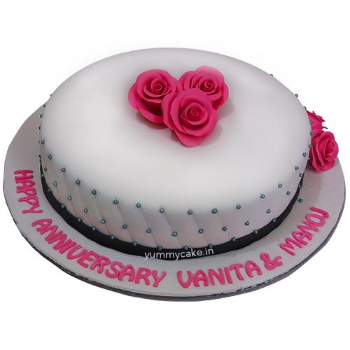 Fondant Cake For Anniversary