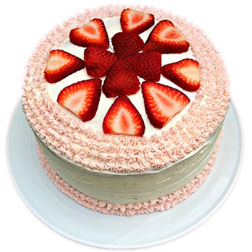 Vanilla Cakes with Fresh Strawberries