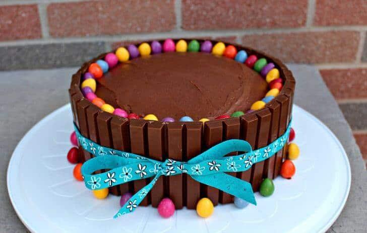 homemade birthday cake ideas - kitkat cake